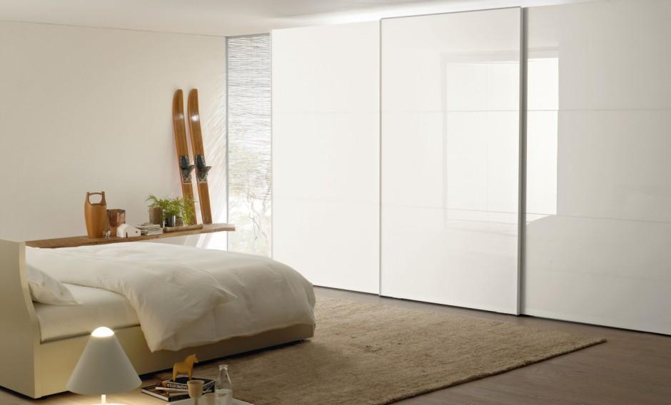 armadio laccato bianco per soggiorno : Armadio con anta scorrevole ITALA3 in vetro laccato bianco e maniglia ...